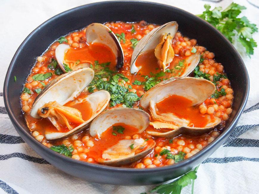 fregola with clams - italian recipes