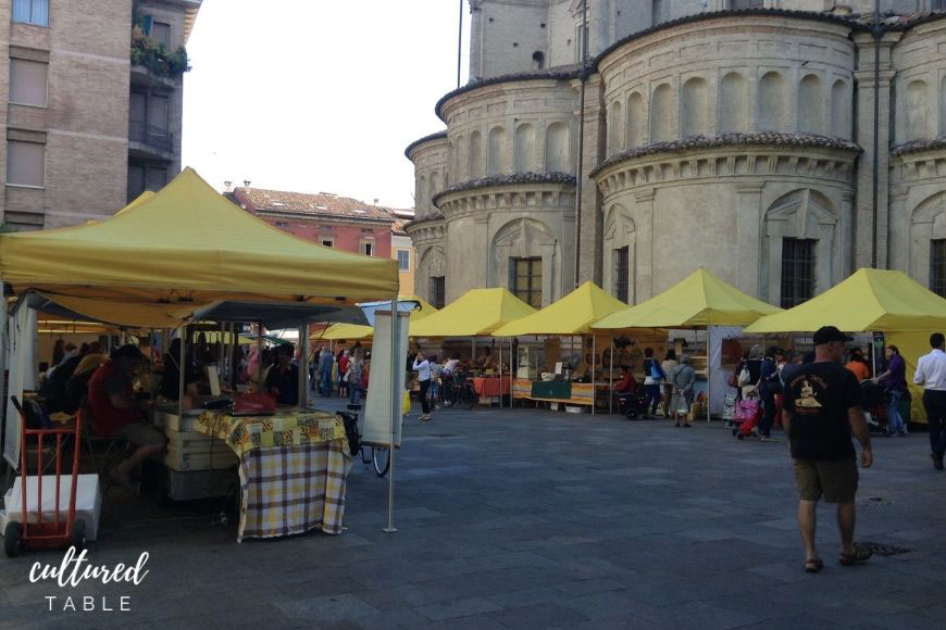 italian market in front of church