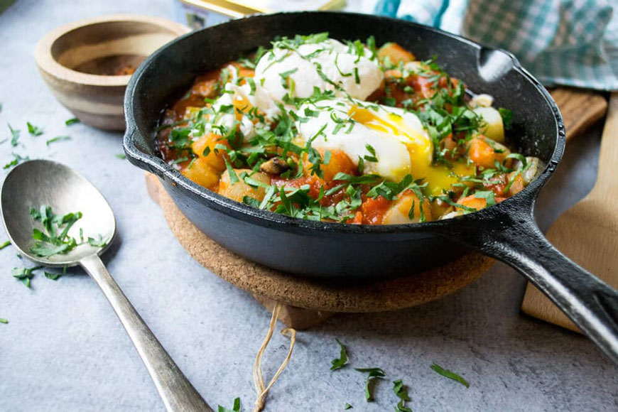 cast iron pan with italian recipe for eggs